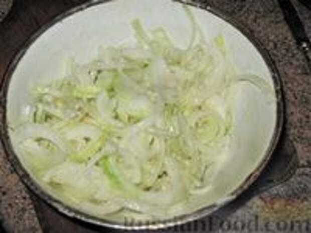 """Фото приготовления рецепта: Слоеная картошка """"На все случаи жизни"""" - шаг №1"""