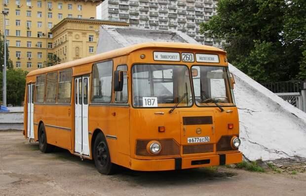 Модернизированная версия ЛиАЗ 677М история, советские автобусы, транспорт