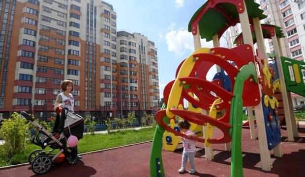 Собянин рассказал о реализации программы «Мой район» в трех районах ЗелАО
