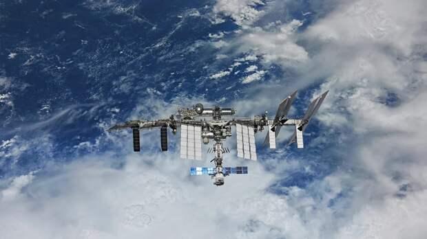 Двигатели модуля «Наука» незапланированно включились на МКС