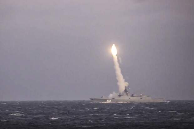 Шойгу рассказал, когда Россия завершит испытания гиперзвуковых «Цирконов»