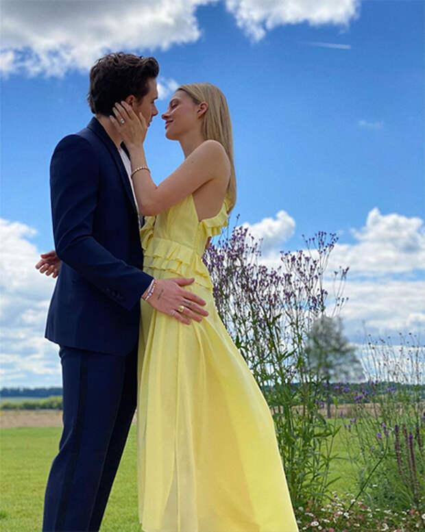 Бруклин Бекхэм подтвердил помолвку с Николой Пельтц