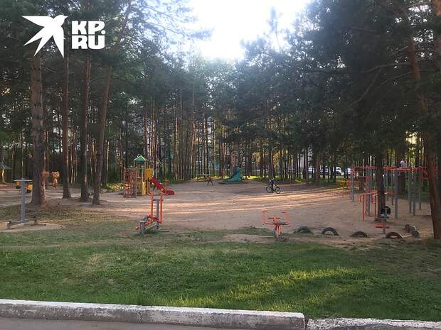 Город чист, покрашен, снабжен свежими дорогами и детскими городками Фото: Владимир ВОРСОБИН