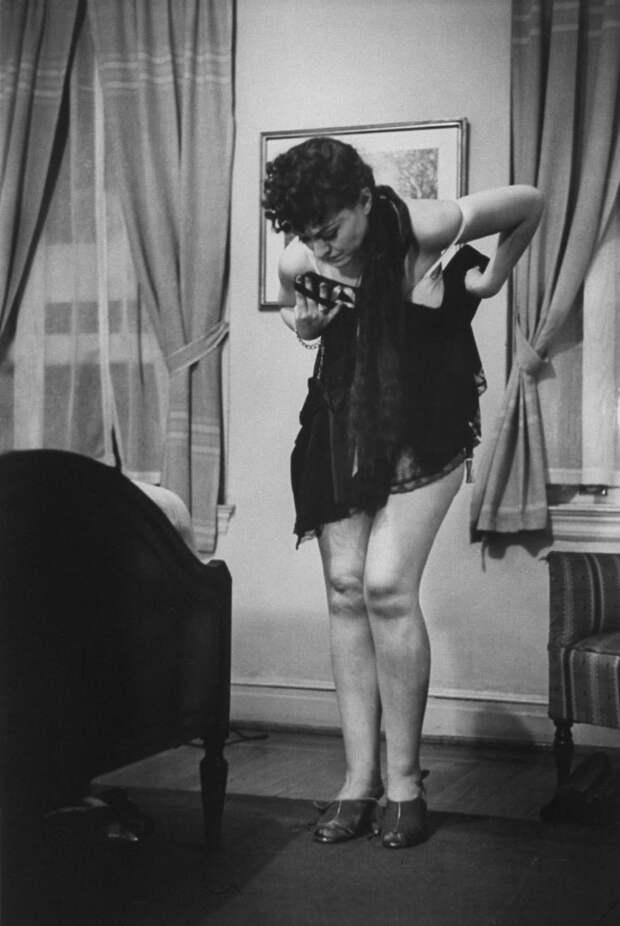 Как раздеваться перед мужем, как жена должна и не должна раздеваться, школа раздевания, School of Undressing