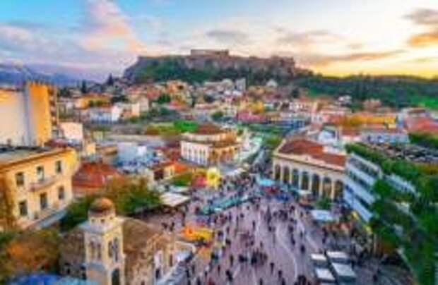 Третья волна COVID накрыла Грецию