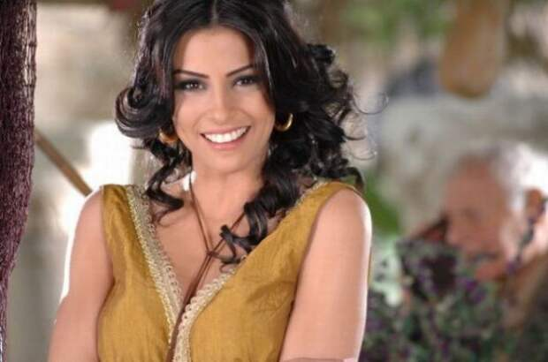 Самые сексуальные девушки арабского мира (50 фото)