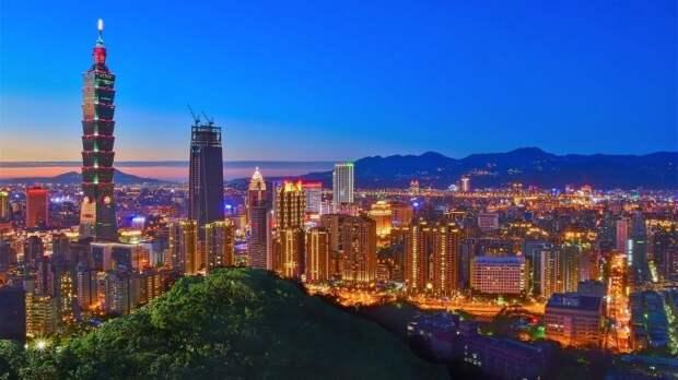 Торговая война США и Китая вокруг Huawei сулит выгоду России