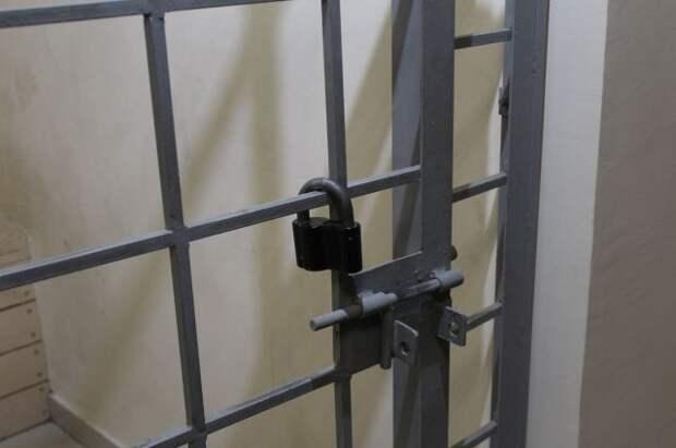 В Москве суд арестовал помощника прокурора по делу о крупной взятке