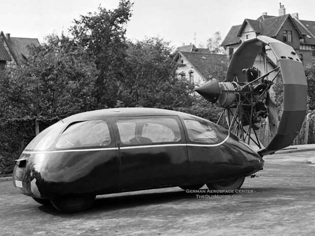 В 1943 году этот прототип попал к русским, где на него приделали радиальный двигатель от самолета с пропеллером автомир, аэродинамика, из прошлого, конструкция, обтекаемость. формы