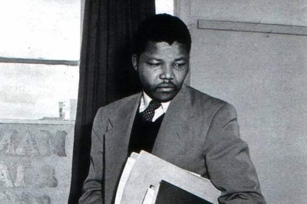 Век Нельсона Манделы