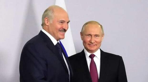 "Лукашенко отказал в ""слиянии с Россией"""