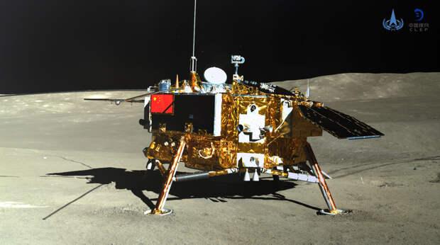 китайский посадочный модуль «Чанъэ-4» слуноходом «Юйту-2»