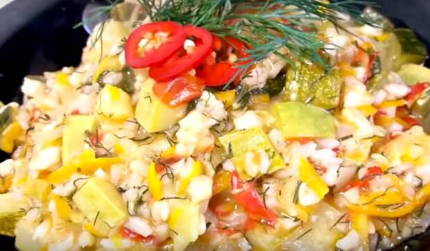 Кабачковое рагу: вкусное овощное блюдо (готовим в мультиварке)