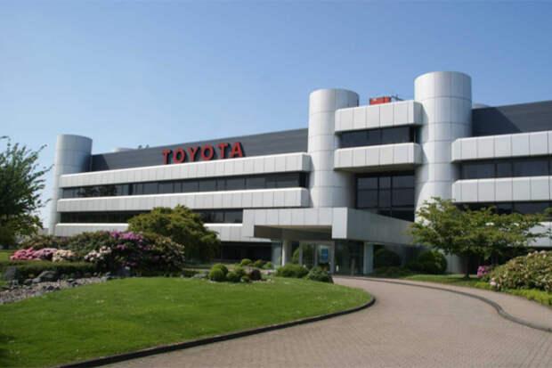 Toyota придется сократить выпуск авто едва ли не наполовину
