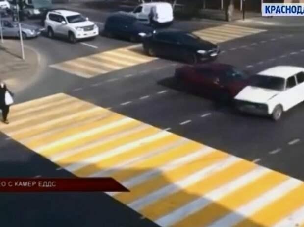 Видеофиксация: «Шестерка» въехала в Ferrari