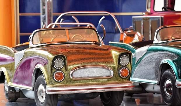 Почти сотню легковых и санитарных автомобилей закупит Минздрав Ростовской области