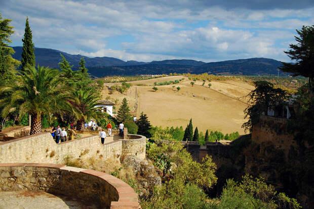 3993216335 5a80a6918f b Ронда: город на скалах и душа Андалусии