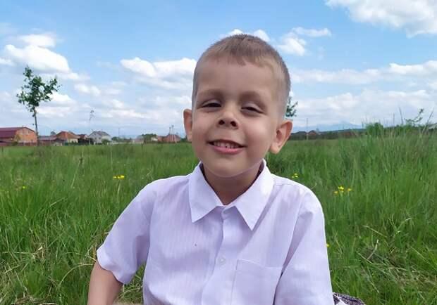 Пятилетнему Кириллу из Апшеронска нужна наша помощь