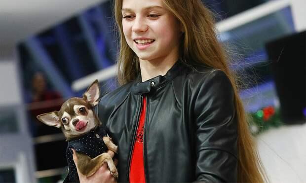 Трусова опубликовала милое видео сосвоей собакой Тиной