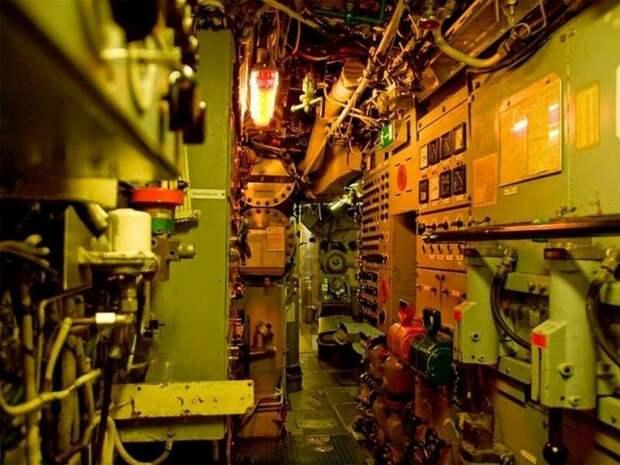 Еще фотографии внутреннего интерьера немецкой подводной лодки армия, подводные лодки, флот