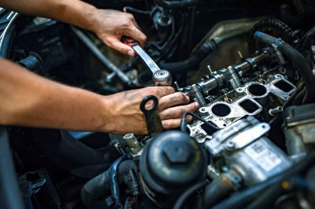 Механик ремонтирующий машину клиента заплакал, обнаружив рукописную записку