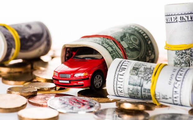 Доллар растет, доллар падает: как на это реагирует авторынок России? Исследование