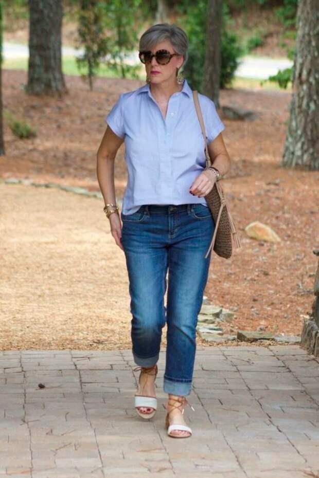 Учимся стильно носить рубашку с джинсами