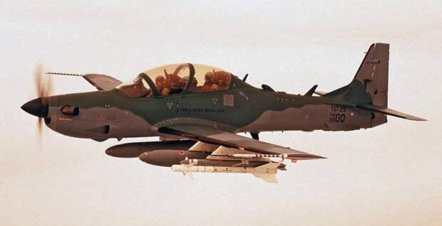 Боевое применение турбовинтовых штурмовиков EMB-314 Super Tucano