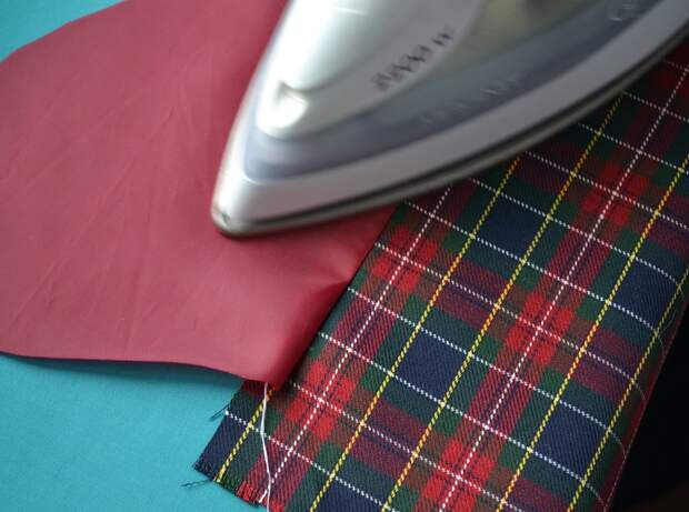Обработка внутреннего бокового кармана платья, шаг 7