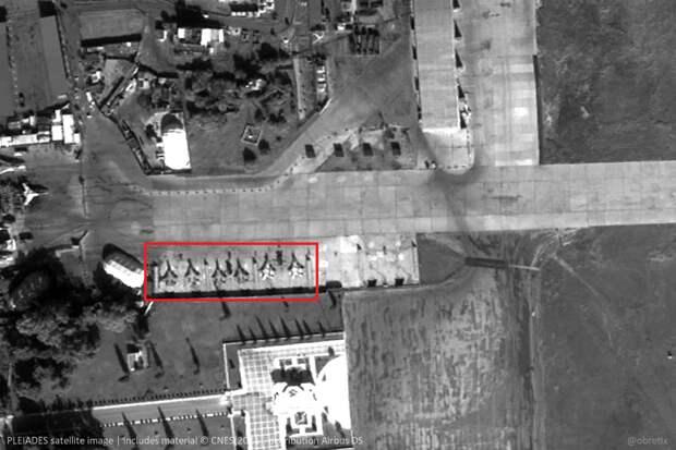 На российской авиабазе в Сирии обнаружено сразу шесть неизвестных истребителей