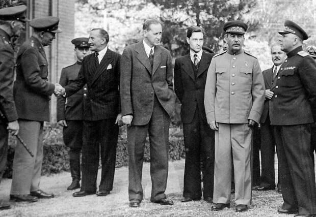 Как советская разведка спасла жизнь Сталина, Рузвельта и Черчилля