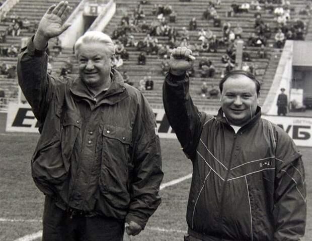 Почему Егор Гайдар стал правой рукой Ельцина в начале 90-х?