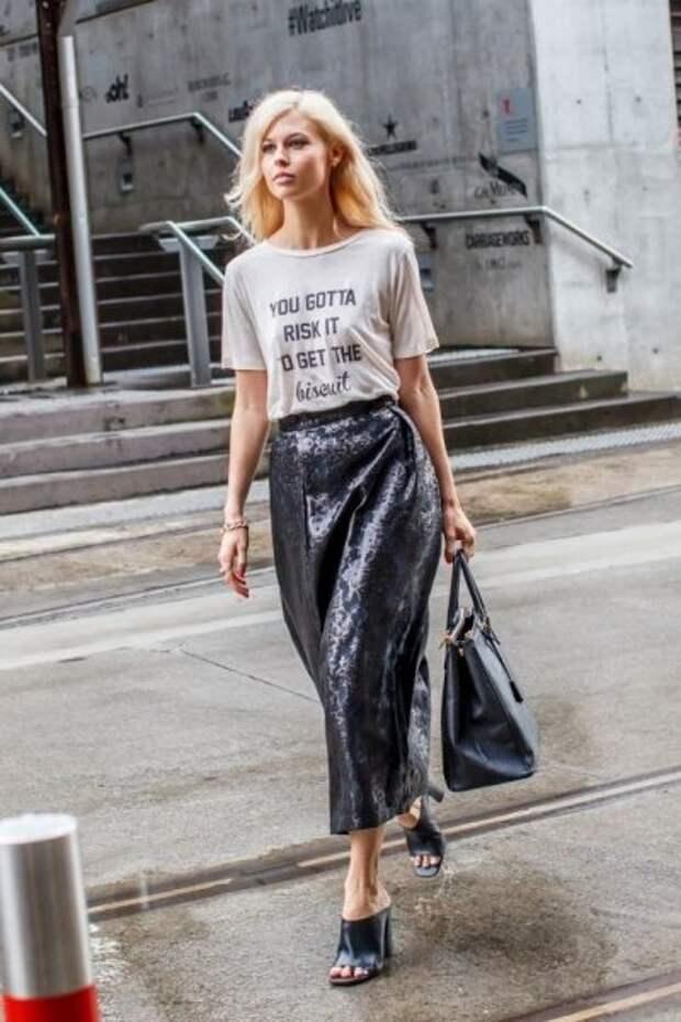 Как сегодня носить футболку, чтобы все видели — вы знаете толк в стиле