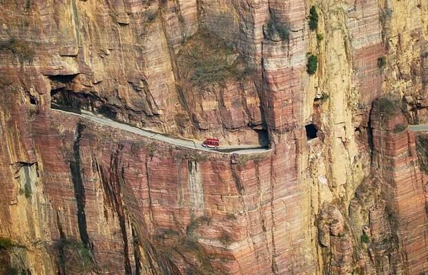 8 дорог, которые лучше рассматривать на фото, чем через лобовое стекло автомобиля