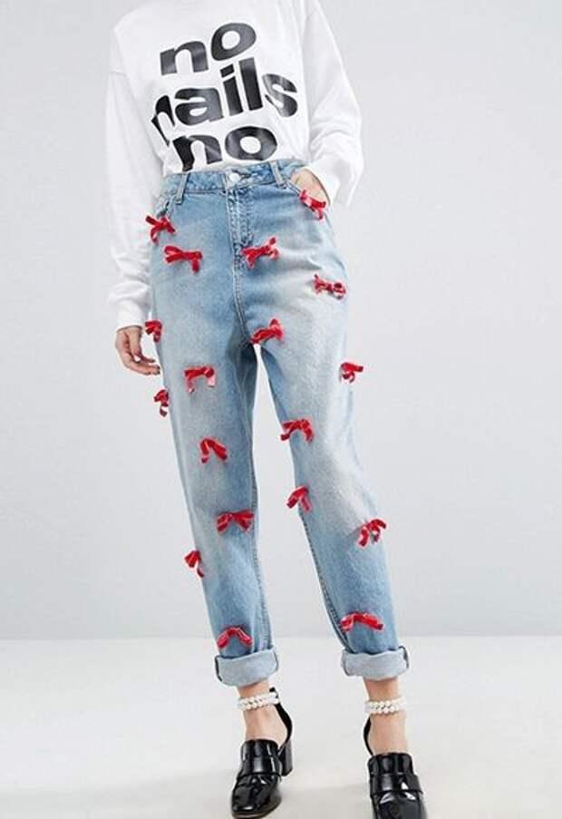 джинсы с бантиками