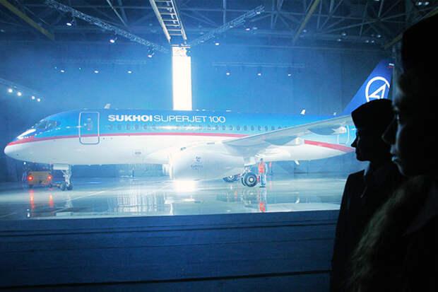 Первая выкатка Sukhoi Superjet 100 в 2007 году