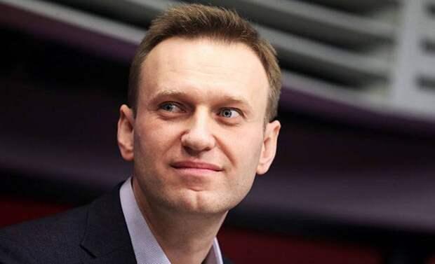 Западная элита полностью контролирует работу ФБК по Навальному