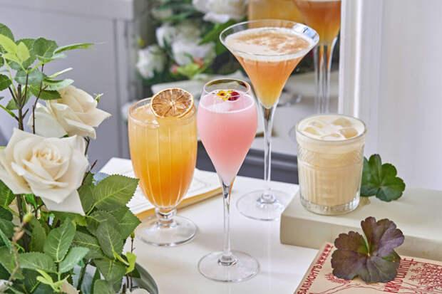 Обновленная веранда и самые летние коктейли в Гранд-кафе Dr. Живаго