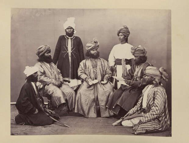 Albom fotografii indiiskoi arhitektury vzgliadov liudei 23