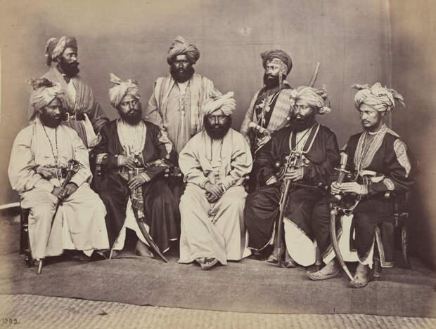Albom fotografii indiiskoi arhitektury vzgliadov liudei 24