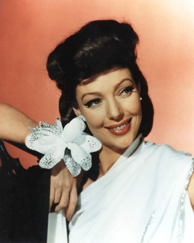 Лоретта Янг.   Роковая красавица Голливуда