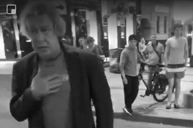 Вечером 8 июня Jeep Grand Cherokee под управлением актера Михаила Ефремова вылетел на встречную полосу на Смоленской площади в Москве и столкнулся с «Ладой». Второй водитель был госпитализирован и позже скончался в больнице. Поскольку Ефремов находился в состоянии алкогольного опьянения, ему грозит до 12 лет лишения свободы