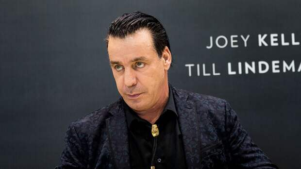 Лидер Rammstein Тилль Линдеманн исполнил на русском языке песню для фильма «Девятаев»