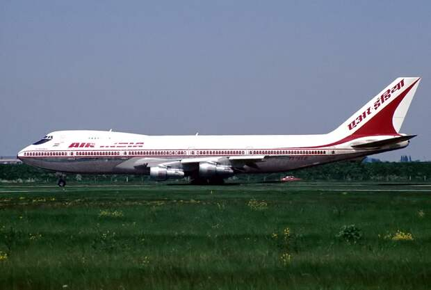 Boeing 747-237B, Air-India AN1130604.jpg