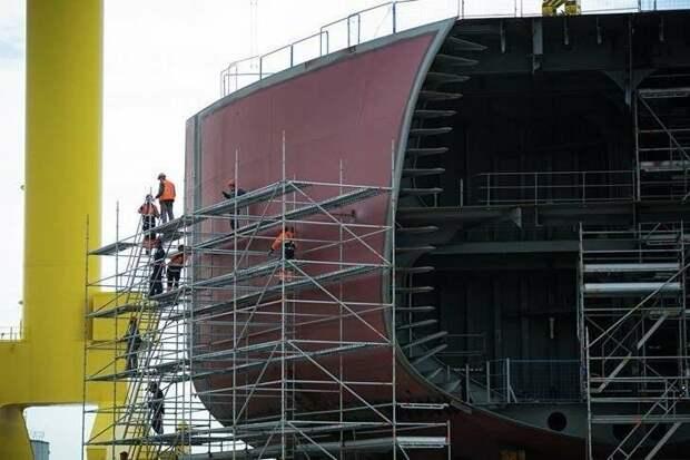 Носовая оконечность танкера типа «Афрамакс» на стапеле