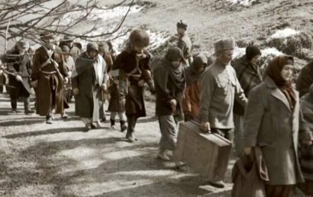 Переселение народов в СССР: Зачем, куда и кого депортировали до Второй мировой, а потом в годы войны