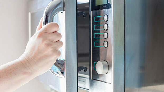 Названы распространенные ошибки при приготовлении пищи в микроволновке