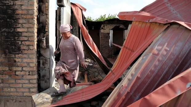 Киргизия восстановит разрушенные села на границе с Таджикистаном