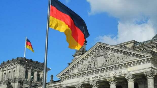 В Handelsblatt рассказали о реакции немцев на шантаж США по «Северному потоку-2»...