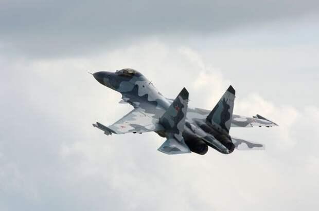 Российская морская авиация получит новейшие истребители Су-30СМ2